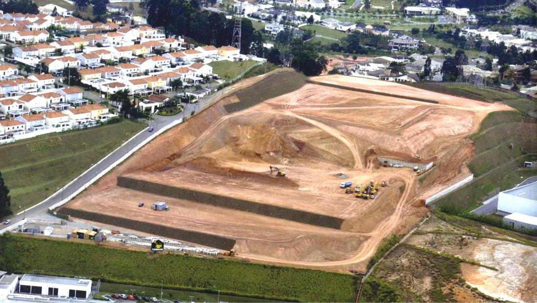 Servicos-Projeto-de-terraplanagem-para-áreas-industriais-e-loteamentos-urbanos