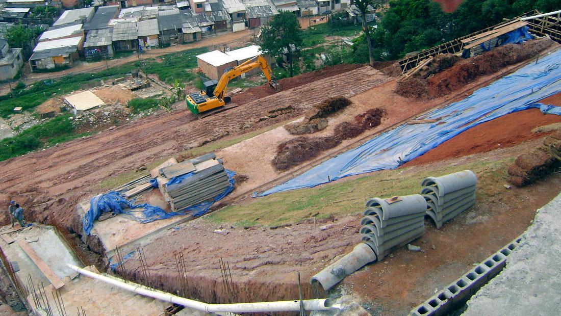 Servicos-Projetos-de-recuperação-de-deslizamento-de-solos-em-taludes-e-encostas